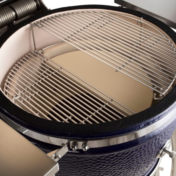A closeup of the inside of a platinum 23 inch Saffire. The multi-rack system is shown