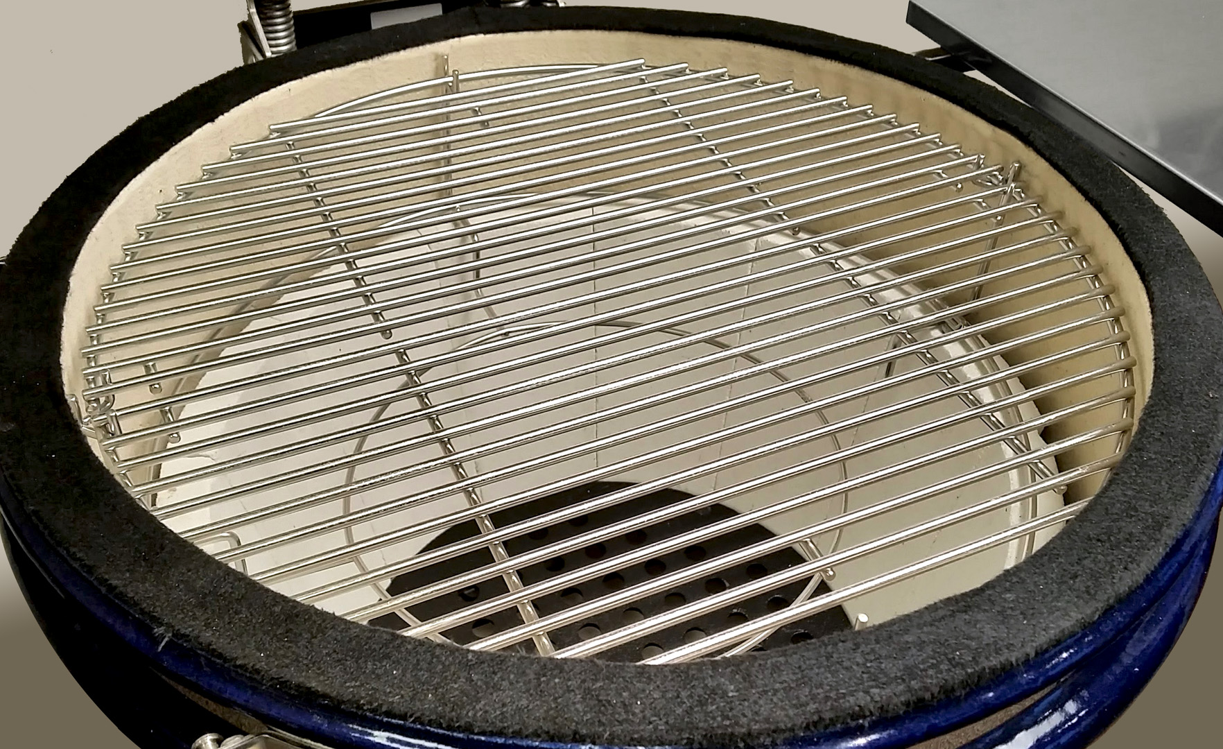 Multi-Grid shown with both grids on the top level of a Multi-Rack; Crucible Firebox shown below them